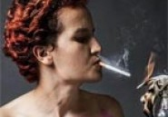Amina Sbouï quitte les FEMEN