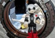 Le petit robot Kirobo dit ses premiers mots dans l'espace
