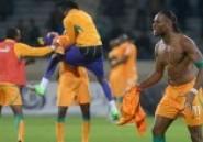 Mondial 2014: Drogba fait le buzz avec un geste défensif acrobatique