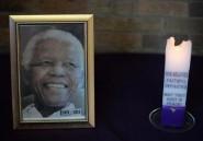 """L'Afrique du Sud prie pour Mandela, """"âme révolutionnaire et aimante"""""""