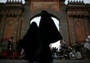 Ils se cachent sous le niqab