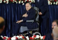 Bouteflika reçoit des ambassadeurs après son hospitalisation
