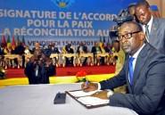Mali: trois civils tués dans le Nord, deux documents en discussion