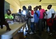 """Les Haïtiens dénoncent les décisions """"non démocratiques"""" du conseil électoral"""