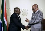 """Afrique du Sud: Zuma nie les """"rumeurs sur une relation amoureuse"""" derrière le limogeage du ministre des Finances"""
