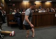 VIDEO. Pour échapper à 15 ans de prison, Oscar Pistorius enlève ses prothèses