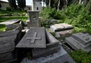 Un cimetière chrétien saccagé va être réhabilité