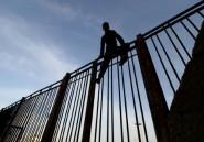 """A Melilla la nuit, des enfants font le """"riski"""" vers l'Europe"""