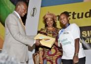 Guinée: le Pr Condé, les étudiants et les tablettes numériques