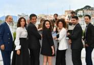 """Algérie: """"En attendant les hirondelles"""" dresse le portrait d'une société mouvante"""