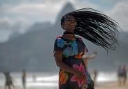 La voix en or d'une réfugiée congolaise émeut le Brésil