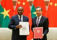 La Chine noue des relations diplomatiques avec le Burkina Faso qui a rompu avec Taïwan