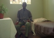 La mise aux enchères de la cellule de Mandela fait des vagues