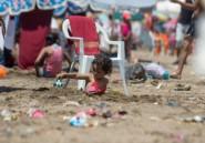Au Maroc, des plages salies par les ordures