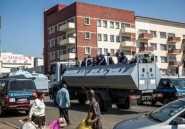 Zimbabwe: le président prône l'apaisement, l'armée dans les rues de Harare
