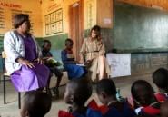 Melania Trump en visite dans une école au Malawi, deuxième étape de sa tournée africaine