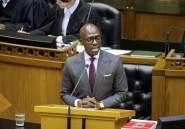 Afrique du Sud: le ministre de l'Intérieur, englué dans un scandale