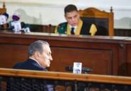 """Egypte: Moubarak demande l'""""autorisation"""" de Sissi pour témoigner contre Morsi"""