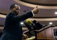 """Etranglé financièrement, le Zimbabwe supprime la parité fixe entre ses """"bond notes"""" et le dollar"""