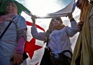 Algérie: un millier d'enseignants et d'élèves manifestent