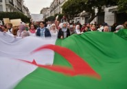 Algérie: le camp Bouteflika se fissure, selon les analystes