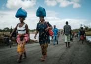 Cyclone au Mozambique: réouverture d'axes routiers clés, menace d'épidémies