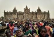 Mali : la mosquée de Djenné recrépie et alimentée en énergie solaire