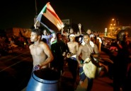 Soudan: manifestations devant le QG de l'armée