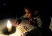 Plongé dans le noir, le Zimbabwe contraint de vivre la nuit