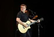 """Le musicien sud-africain Johnny Clegg, surnommé le """"Zoulou blanc"""", est décédé"""