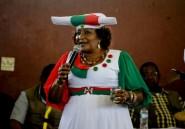 """En Namibie, une femme brigue la présidence pour """"restaurer le dignité"""" du pays"""