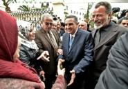 Algérie: des porteurs de drapeaux berbères écopent de 6 mois ferme