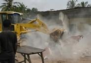 Mort d'un enfant dans un train d'atterrissage: début des expulsions près de l'aéroport d'Abidjan