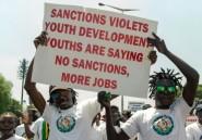 """Le coronavirus, """"punition"""" divine pour les sanctions imposées au Zimbabwe, selon une ministre"""