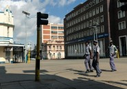 La police dans les rues pour faire respecter le confinement au Zimbabwe