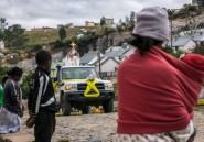 A Madagascar confinée, la messe de Pâques du père Pedro... en voiture