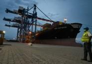Le port d'Abidjan, porte d'entrée de l'Afrique de l'Ouest, résiste au coronavirus