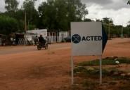 """La France """"porte le deuil"""" des six jeunes humanitaires tués au Niger"""