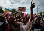 Mali: des centaines de Maliens manifestent leur soutien