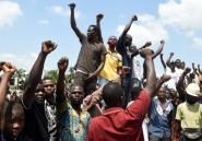 Rues désertes et boutiques fermées: Lagos sous couvre-feu après les violences