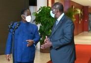 """Troubles en Côte d'Ivoire : Ouattara et Bédié ont """"brisé la glace"""""""