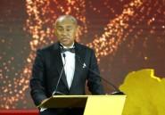 Détournement de fonds: le patron du foot africain suspendu 5 ans