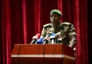 Au Mali, une transition aux débuts difficiles et militarisés