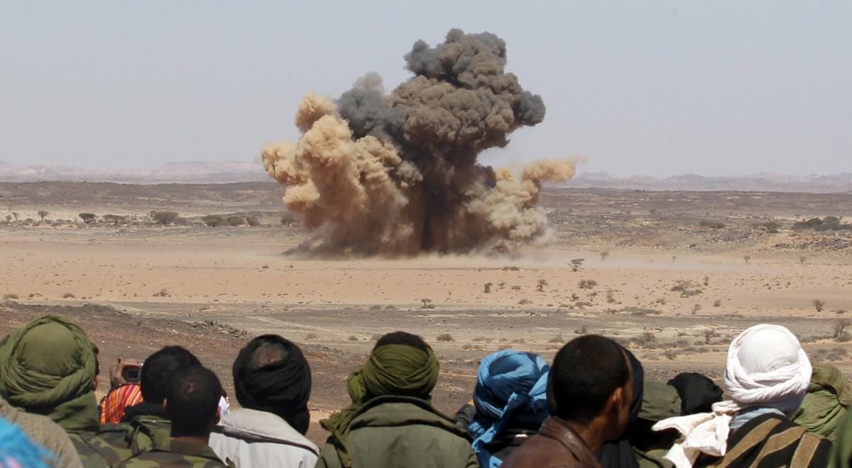Près de Tifariti, dans le Sahara occidental, le terrain reste miné, by REUTERS/Juan Medina
